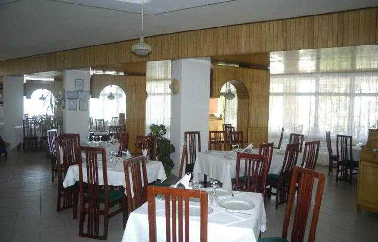Amiral - Restaurant - 11