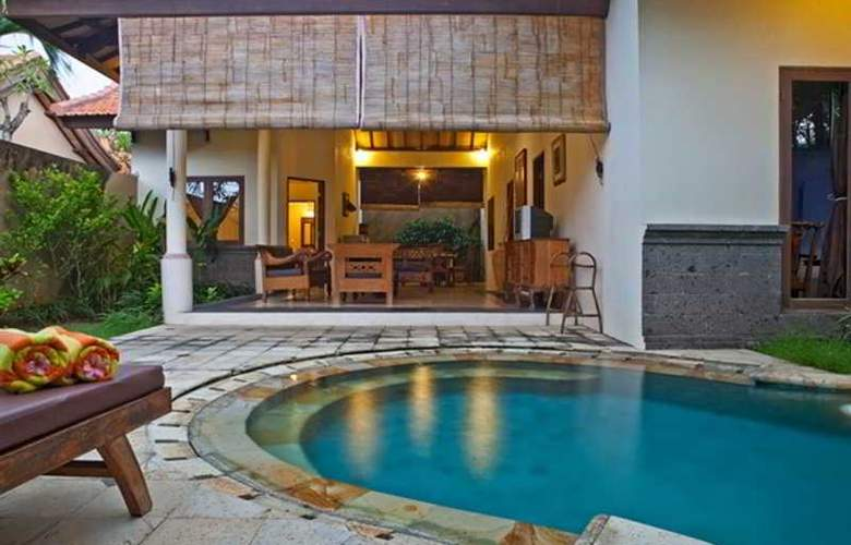 Grand Bali Mulia Villa - Pool - 9