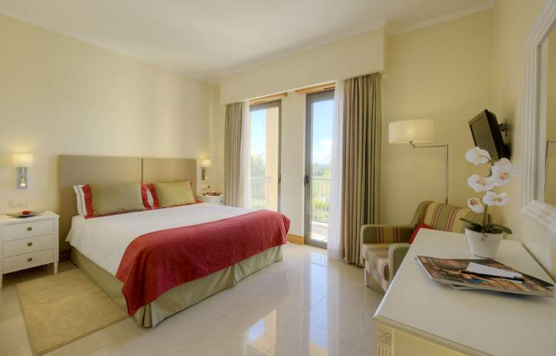 The Residences at Victoria Clube de Golfe by Tivoli - Room - 1