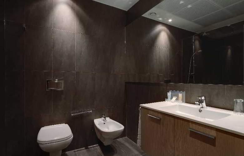 Occidental Bilbao - Room - 17