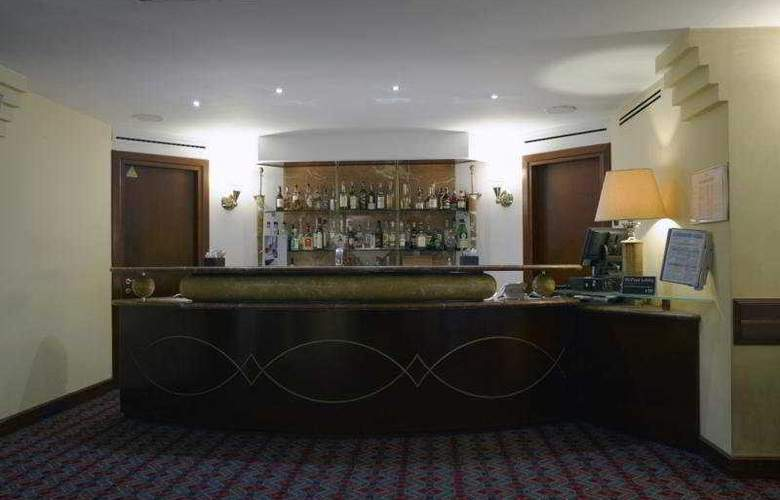 NH Torino Centro - Bar - 5