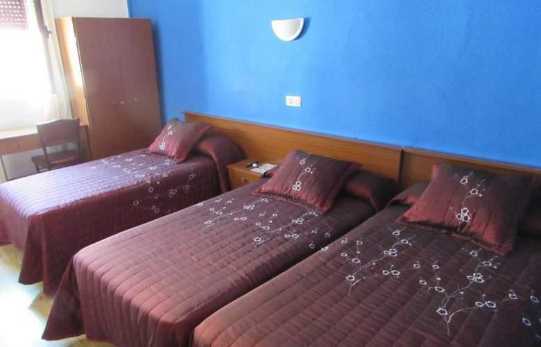 Rober - Room - 10