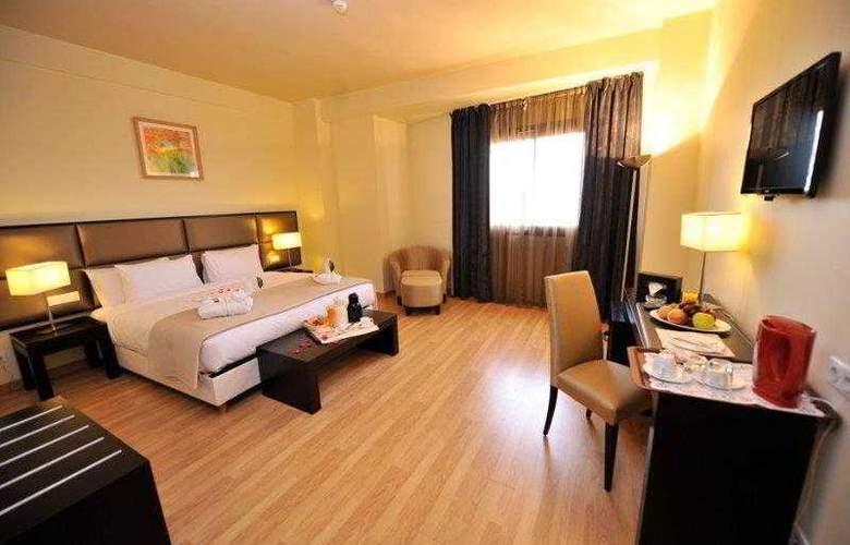 Best Western Plus Liberte Hotel - Hotel - 45