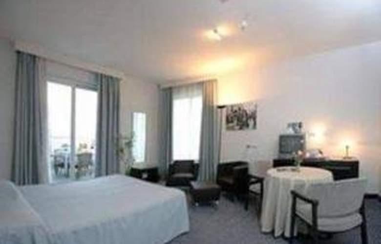 Sea Lion Pescara - Room - 2
