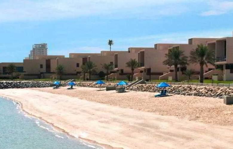 Hilton Kuwait Resort - Pool - 22