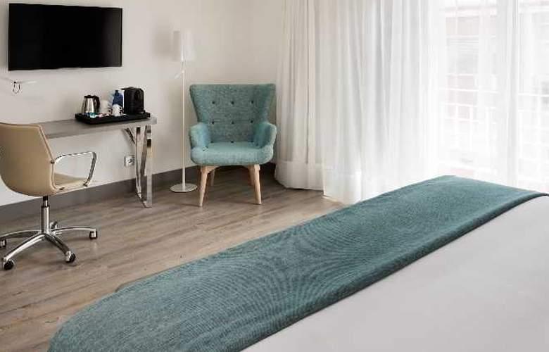 NH Madrid Zurbano - Room - 22