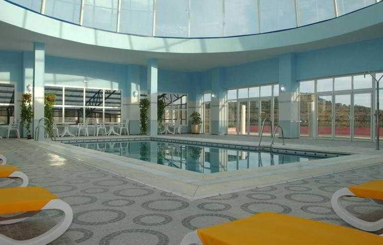 Marbella Hills Hotel & SPA - Pool - 3
