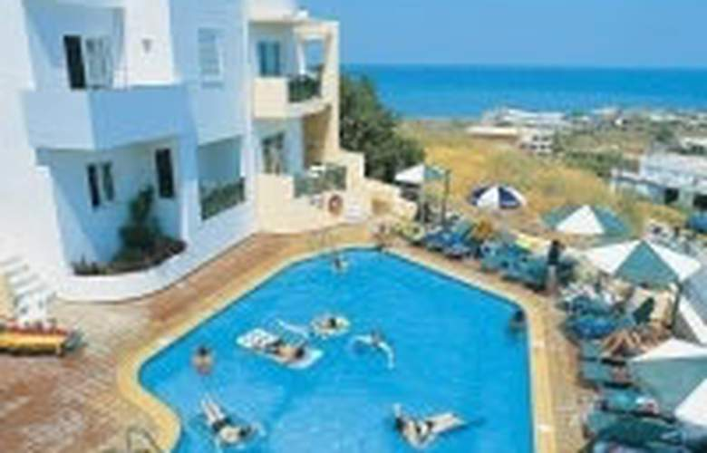 Radamanthis - Pool - 2