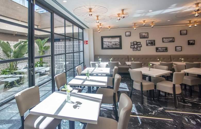 Ona Hotels Arya - Restaurant - 10