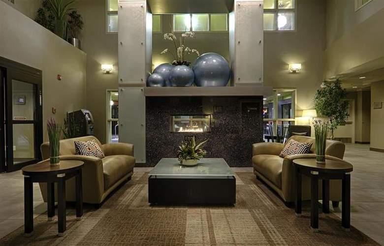 Best Western Wine Country Hotel & Suites - General - 62
