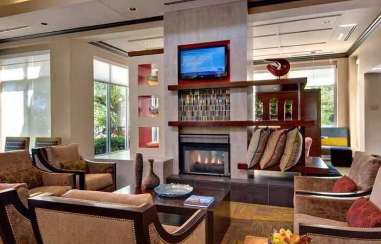 Hilton Garden Inn Albany Airport - Hotel - 1