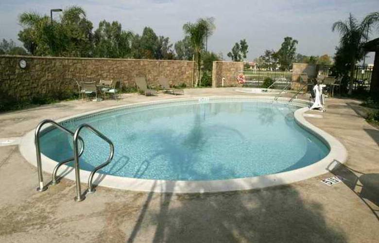 Hampton Inn & Suites Temecula - Hotel - 3