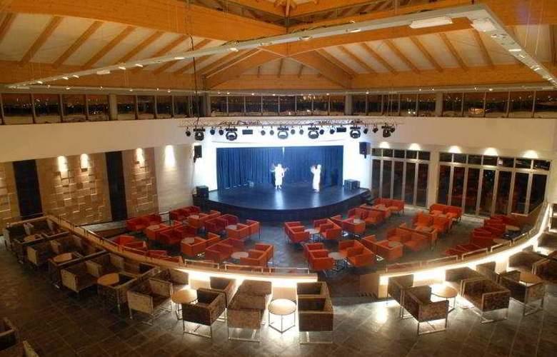 Protur Biomar Gran Hotel Spa - Sport - 9