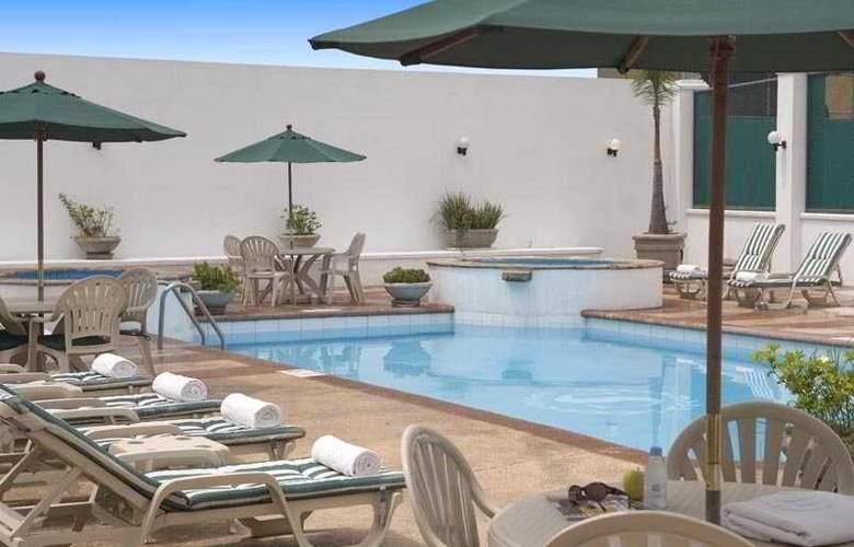 Sheraton Ambassador Monterrey - Pool - 3