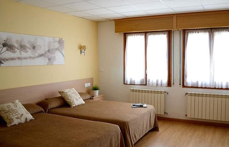 Mi Casa - Room - 12
