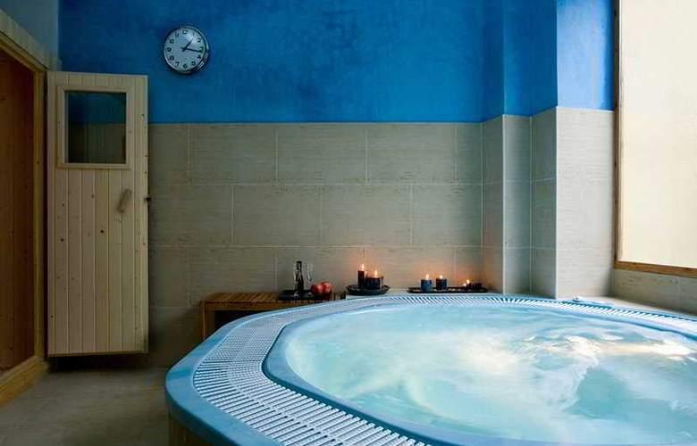 Montehueznar Spa - Pool - 7
