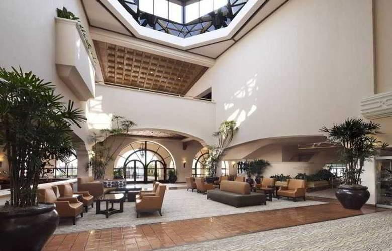 Hilton Santa Barbara Beachfront Resort - General - 27