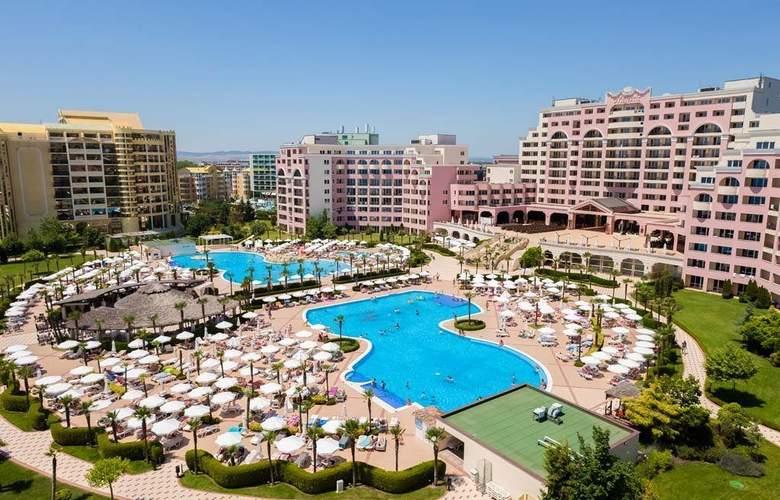 Majestic Beach Resort - Hotel - 0