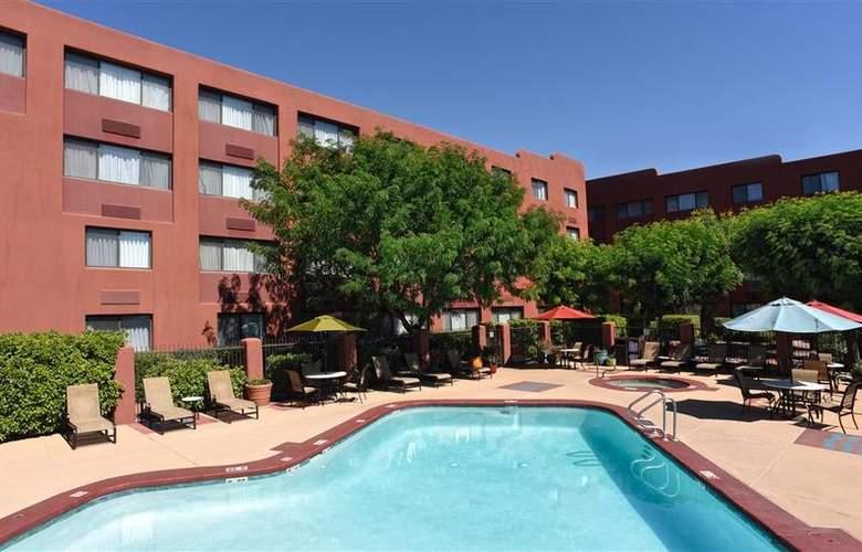 Best Western Plus Rio Grande Inn - Pool - 63