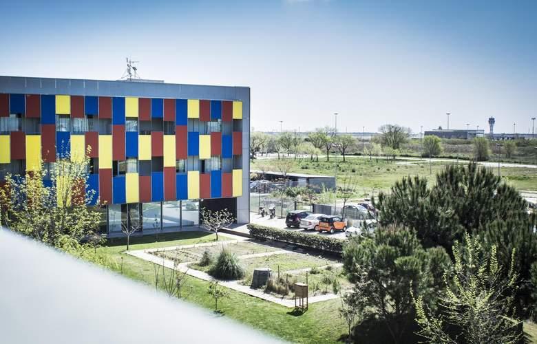 Albergue Centre Esplai - Hotel - 0