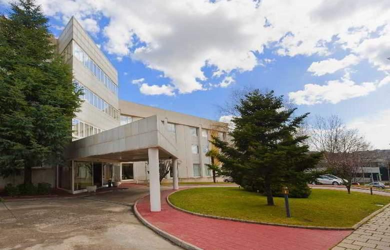 Exe Parc del Valles - Hotel - 0