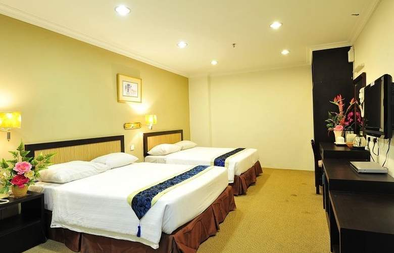 Hallmark Leisure Hotel - Room - 8