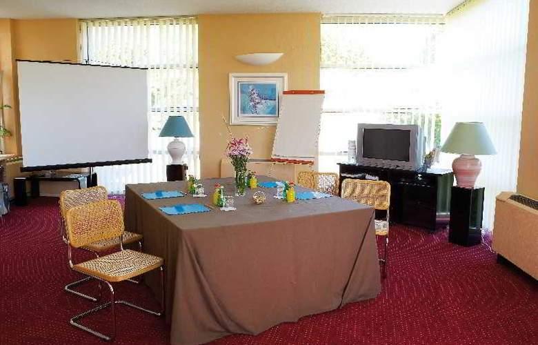 Interhotel La Closerie - Conference - 14
