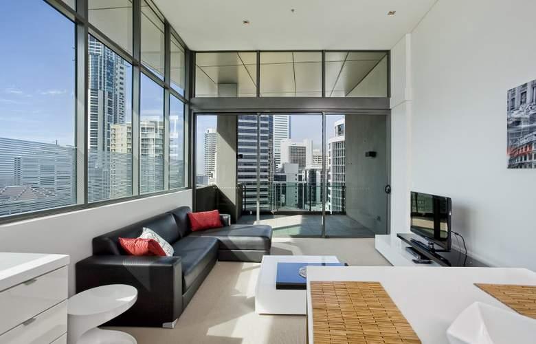 Quattro On Astor Apartments - Room - 0