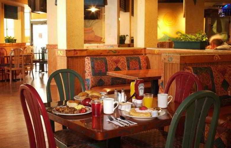 Best Western Plus Orlando Gateway Hotel - Hotel - 51