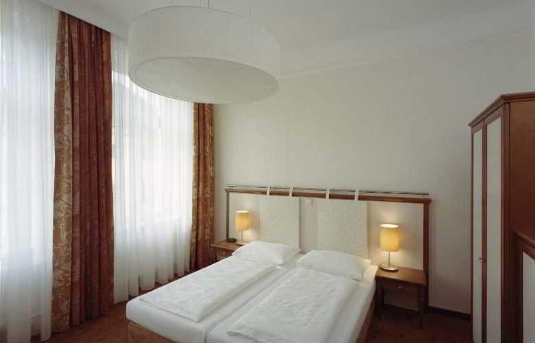 Beethoven - Room - 4