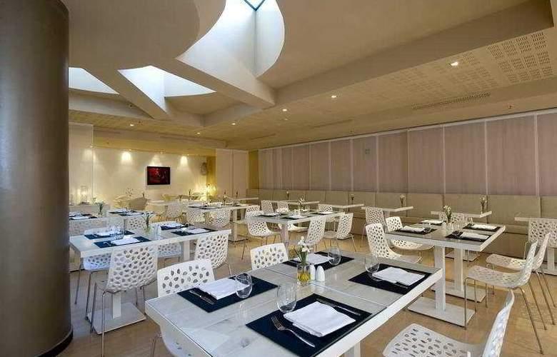 Rafael Hoteles Badalona - Restaurant - 36