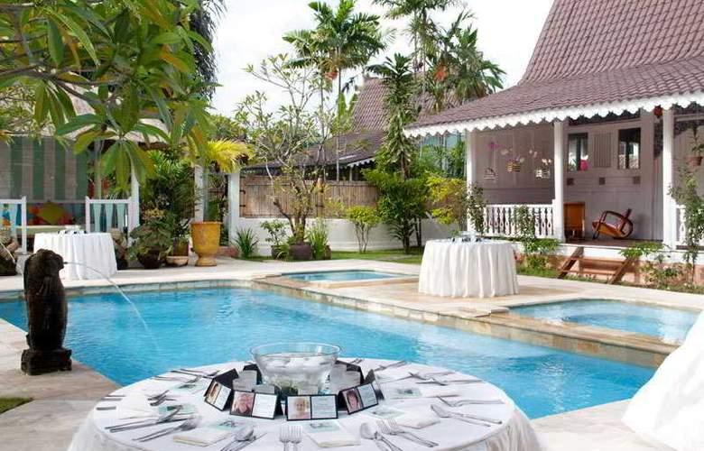 Hotel Puri Tempo Doeloe - Pool - 2