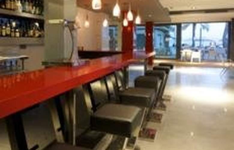 Nautic Hotel and Spa - Bar - 4