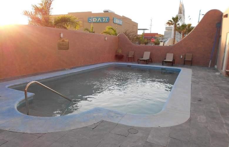 Zar La Paz - Pool - 13