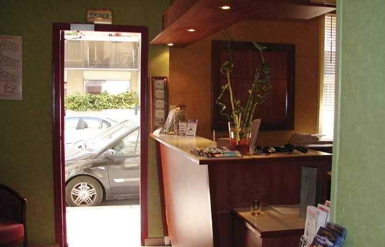 Campanile Tour Eiffel - Hotel - 0