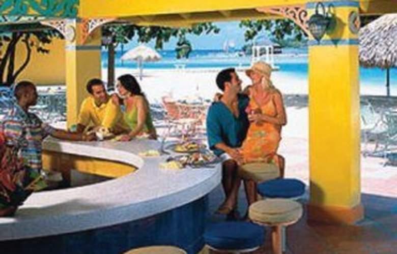 Sandals Royal Caribbean Resort &Offshore Island AI - Bar - 6