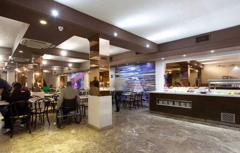 Puerta de Toledo - Restaurant - 34
