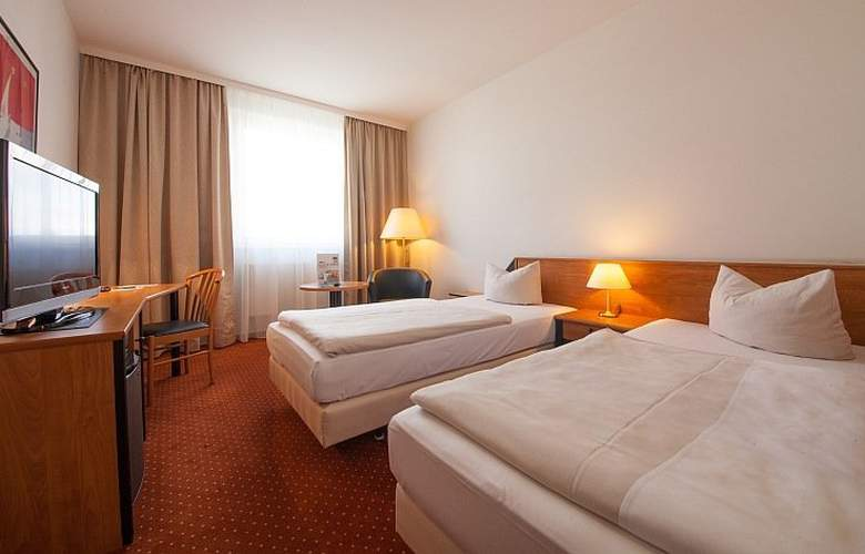 Novina Sudwestpark Hotel - Room - 11