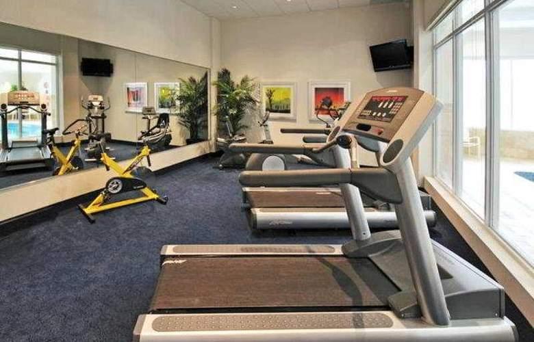 Holiday Inn Express & Suites Markham - Sport - 10