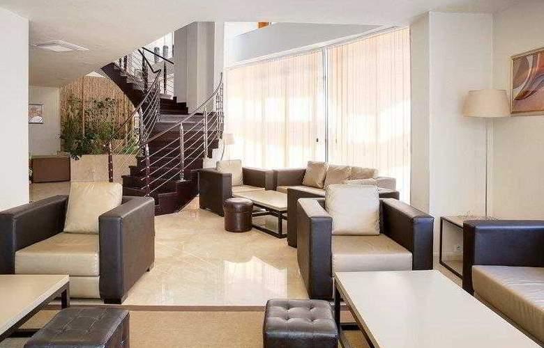 Best Western Plus Liberte Hotel - Hotel - 54