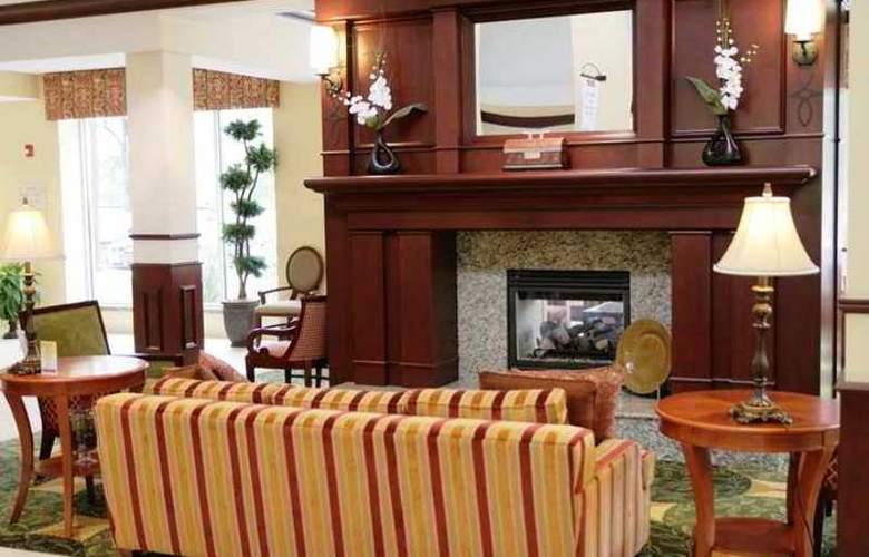 Hilton Garden Inn Winchester - Hotel - 0