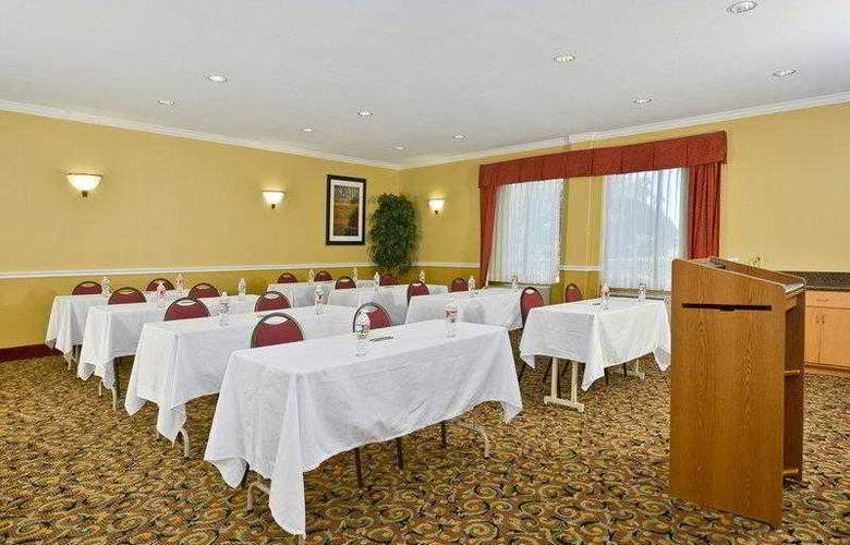Best Western Greenspoint Inn and Suites - Hotel - 43