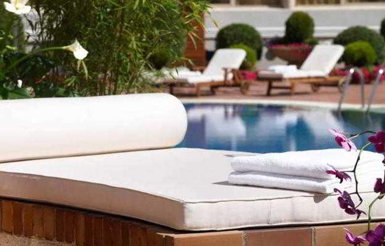Pullman Madrid Airport Feria - Pool - 9