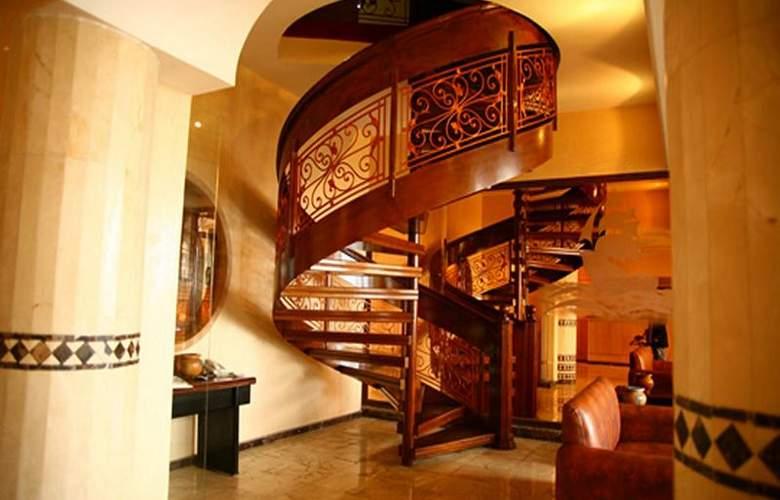 Azur - Hotel - 10