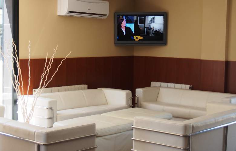 Adia Cunit Playa - Hotel - 8