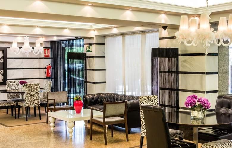 Leonardo Hotel Granada - General - 8