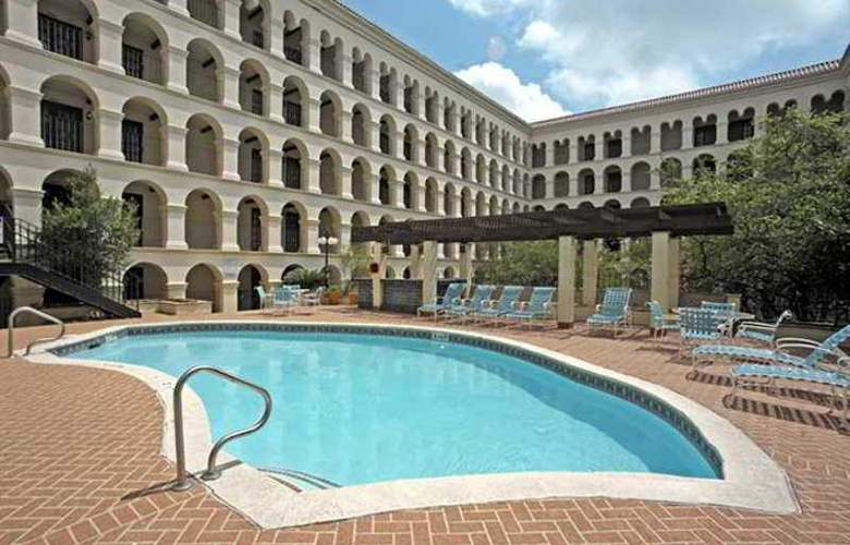 Doubletree Hotel Austin - Hotel - 14