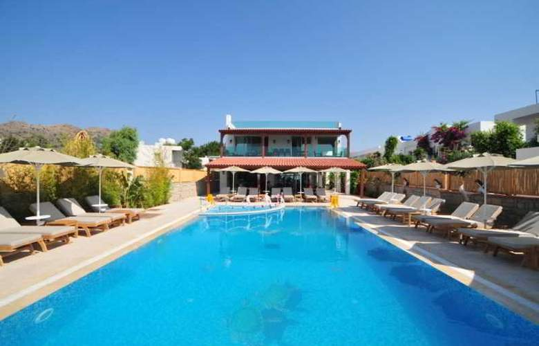 Dilek Agaci Boutique Hotel & Beach - Pool - 3