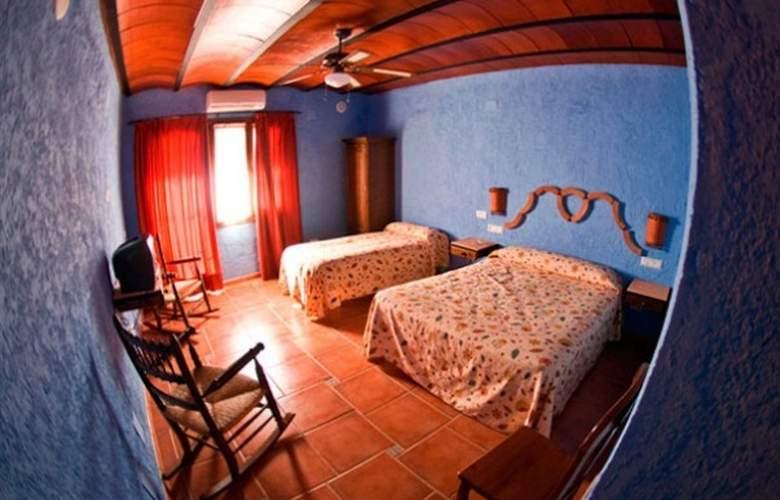 El Cortijo - Room - 1