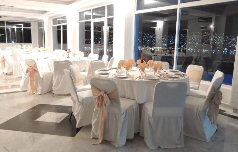 Majestic Acapulco - Restaurant - 19
